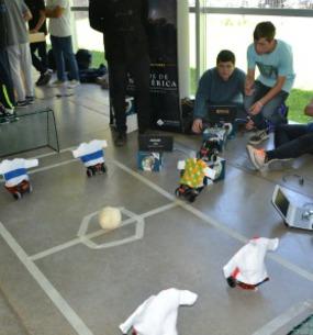 """Se realizó en el Planetario la 2da. Jornada del Proyecto """"Programando con Robots y Software Libre""""."""